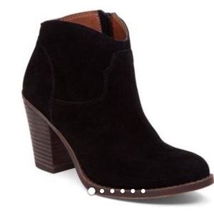 Lucky Brand Black ankle booties Leather upper 36-6